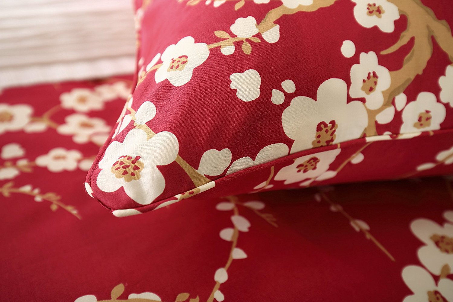 SoSungSet Duvet Oriental Cherry Tree in Blossom Traditional Oriental Ink Painting Table Runner Cotton Linen Home Decor for Wedding Party Banquet Decoration 13 x 36 inches